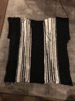 zwart-wit shirt breien 3