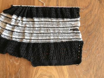zwart-wit shirt breien 8